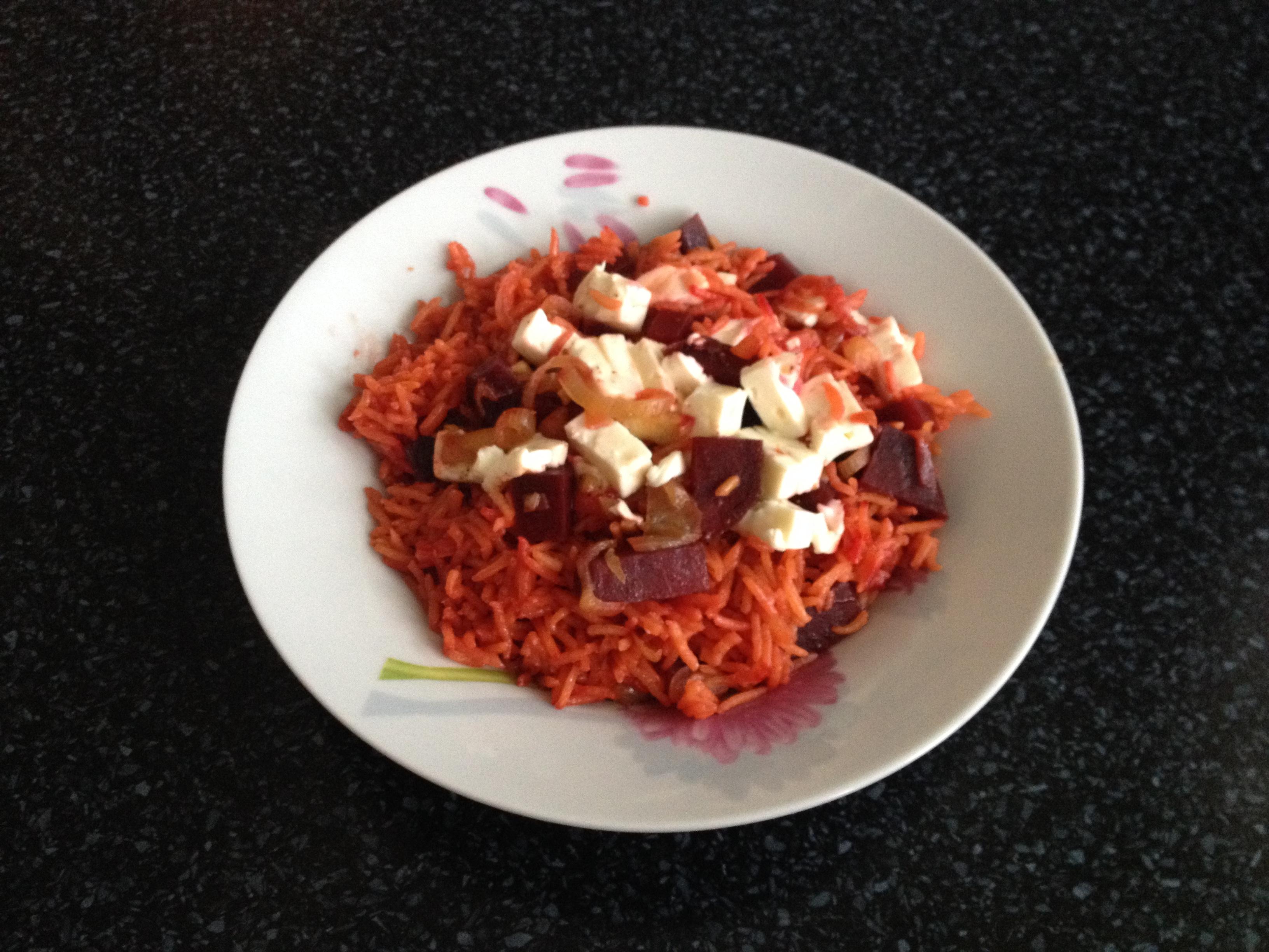 Rýže s červenou řepou